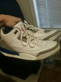 Size 10 Retro jordan 3 true blue. Og 2011 Washington, 20008