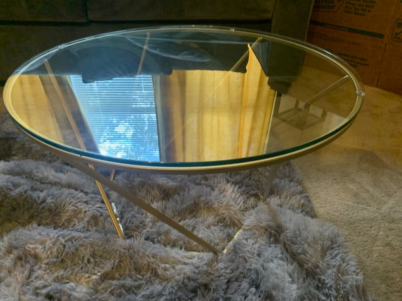 Wayfair Table and small side table. 5f594418-3bf3-4900-874f-c5c19533a6ed