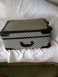 Suit Case Houston, 77077