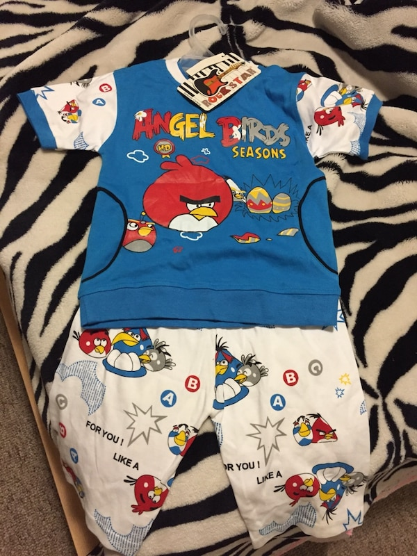 BNWT 2T Angry Bird Outfit