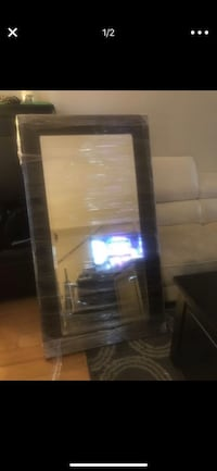 Mirror , appx 4ft x 2ft. Solid frame. Clean Redondo Beach