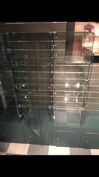 6 tempered Glass display cases