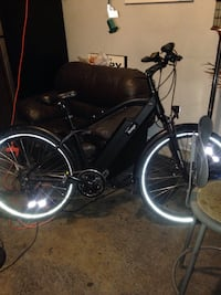 Amego new Lithium mountain ebike worth over $1000 best offer & trades Mississauga, L5J 2Y9