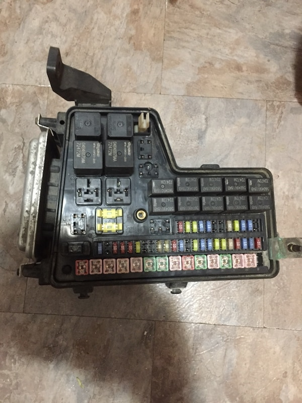 used dodge ram 1500 4 7l fuse box 02/05 for sale in toronto