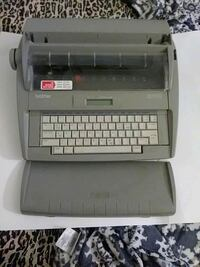 Typewriter with spell check and other features Schenectady, 12307