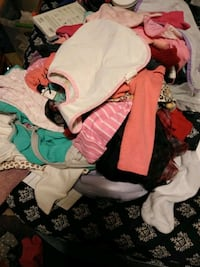 Lot of baby girl clothes New Albany, 47150