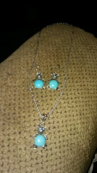 Turquoise teddy bear jewelry set  Greeneville, 37743