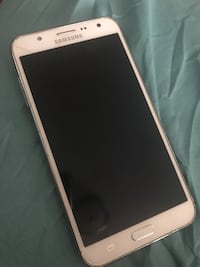 Galaxy jj9 small crack on back great condition ready to be shipped  New York, 10018