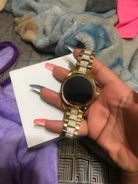 Micheal kors smart watch. In 9/10 condition comes with charger  Arlington, 22206