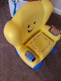 yellow and blue Fisher-Price learning chair Washington, 20024