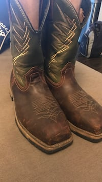 pair of brown leather cowboy boots Edcouch, 78538