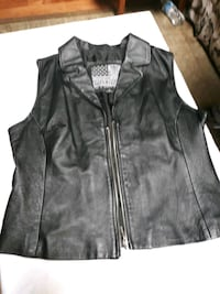 Ladies Leather Vest excellent condition  White Lake charter Township, 48386