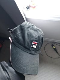 Black and white fitted cap Ottawa, K1T 0L1