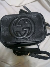 Authentic gucci purse  Vancouver, V5V 4P7