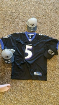 Baltimore Ravens Jersey and Hat s