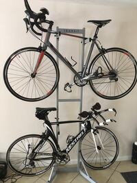 Race bicycles