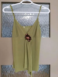 Green dressy tops size extra small/small hardly worn