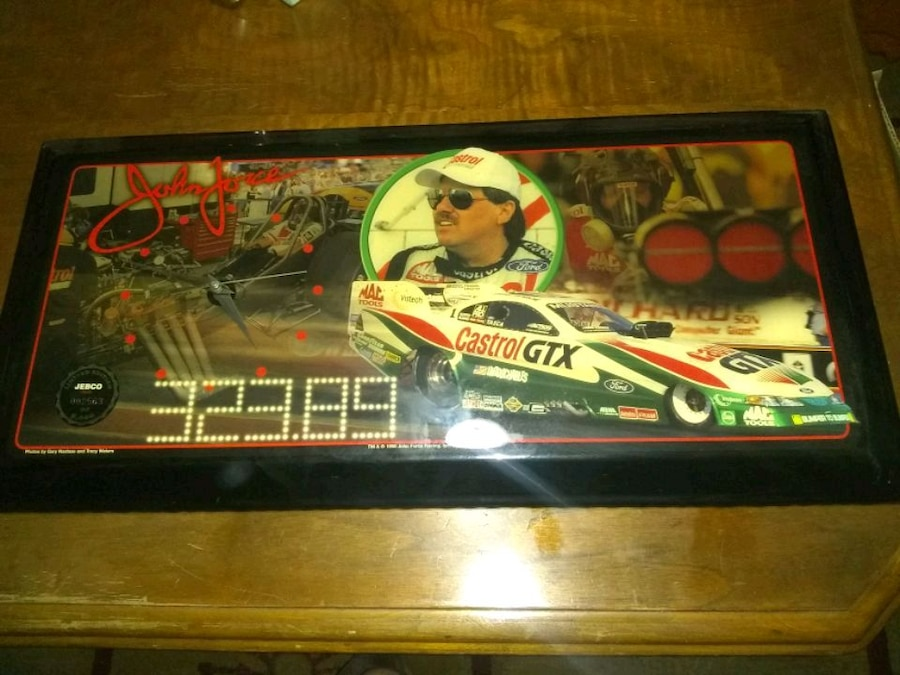 Photo 1998 Limited Edition John Force Jebco Clock