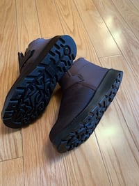 Man warm winter shoes Vaughan, L4J 5R6