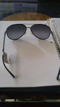 black framed Ray-Ban aviator sunglasses Toronto, M4L