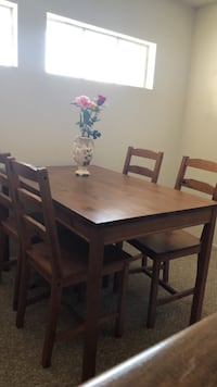 Wooden table with 4 chairs - negotiable Los Angeles, 91306