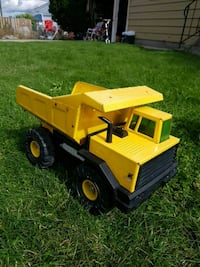 yellow and black dump truck toy Kelowna