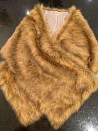 Faux fur wrap Kitchener, N2R 0E9