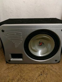 Kenwood 10in subwoofer in box