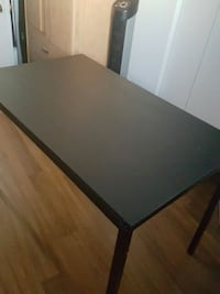 table for study with lamp nego