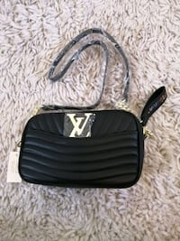 New Lv Leather crossbody purse bnwt