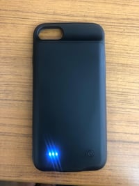 Iphone 8 Lux charging case  Surrey, V3W 5X7