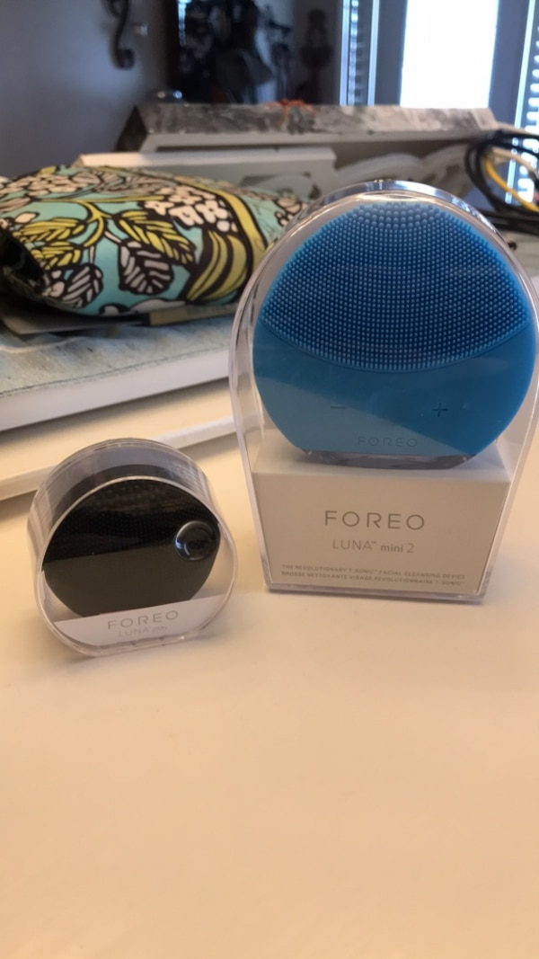 Foreo Luna Facial Cleansing Device