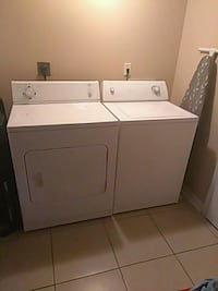 white washer and dryer set New Orleans, 70127