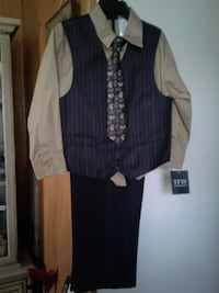 black and brown 4 pc suit  NEW  Silver Spring, 20904