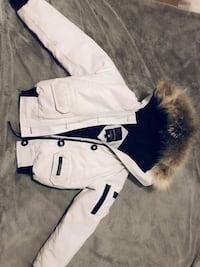 white and blue zip-up jacket 512 km