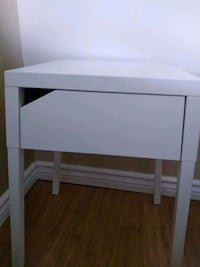 $40 for two nightstands New Westminster, V3M
