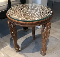 Accent table Toronto, M2M 2R3