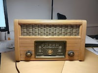 Antique radio. Working. 1965 Markham, L3P 2L2