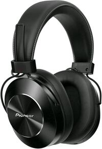 Pioneer Wireless Headphone - 5 Stars review