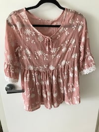 brown and white floral blouse Richmond, V6X 4L1