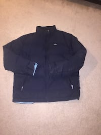 Extra warm Lacoste Navy Blue Bubble Winter Coat - XL Toronto, M4G