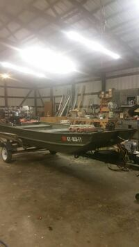 green and black powerboat with trailer Owensboro, 42301