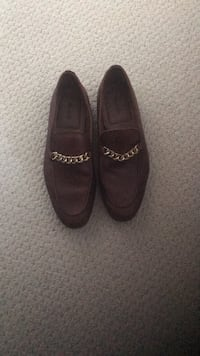 Size 9.5 leather dress shoes  Calgary, T2T 4A9