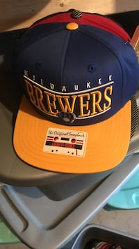 yellow, blue, and red Milwaukee Brewers snapback Burlington, L7M