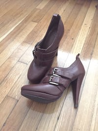 Brown booties with two buckles Toronto, M4V 1J4