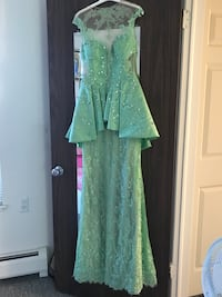 Green and white floral scoop-neck dress Sterling Heights, 48310