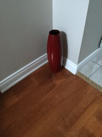 Red ceramic vase. AVAILABLE....