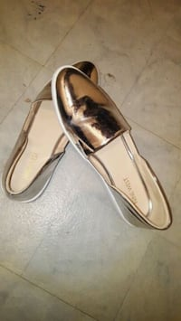 pair of brown leather loafers Toronto, M1P 2X9