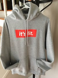 """Authentic """"it's lit."""" Hoodie. $125 new. Only worn a few times. XL   Aurora, L4G 5G3"""