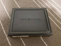 black leather bi-fold wallet 3723 km